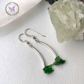 Diopside Chip Silver Tube Earrings